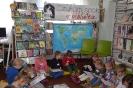 Czytamy sobie w bibliotece w Raszówce_21