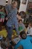 Czytamy sobie w bibliotece w Raszówce_8