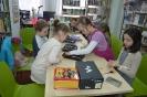 W krainie baśni i teatru - z ferii w bibliotece w Raszówce_11