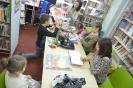 W krainie baśni i teatru - z ferii w bibliotece w Raszówce_8