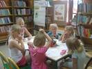 Wakacyjne spotkania z książką i zabawą - Obora_10