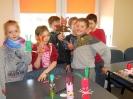 Warsztaty wiosenno- wielkanocne w bibliotece w Niemstowie_8