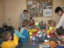 Wesoło i kolorowo w bibliotece w Niemstowie_8