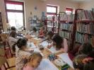 Gwarnie i kolorowo podczs ferii w bibliotece w Miłoradzicach_2
