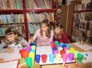 Gwarnie i kolorowo podczs ferii w bibliotece w Miłoradzicach_6