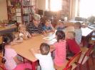 Pierwsza wizyta przedszkolaków w bibliotece w Miłoradzicach_1
