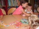 Pierwsza wizyta przedszkolaków w bibliotece w Miłoradzicach_2
