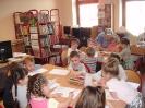 Teatrzyk Kamishibai w bibliotece w Miłoradzicach_6