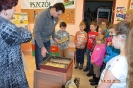 Warsztaty edukacyjne w bibliotece w Niemstowie_5
